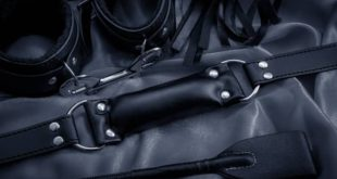 9 Ways bondage sex gear can fail during enthusiastic use